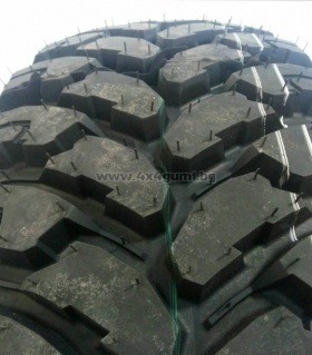 235/75R15 UNIGRIP ROAD FORCE M/T 104/101Q